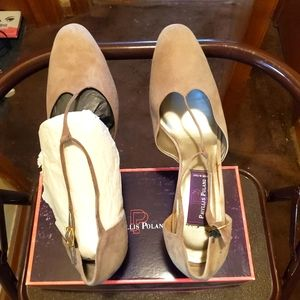 New In Box Exquisite Phyllis Poland Suede Leather